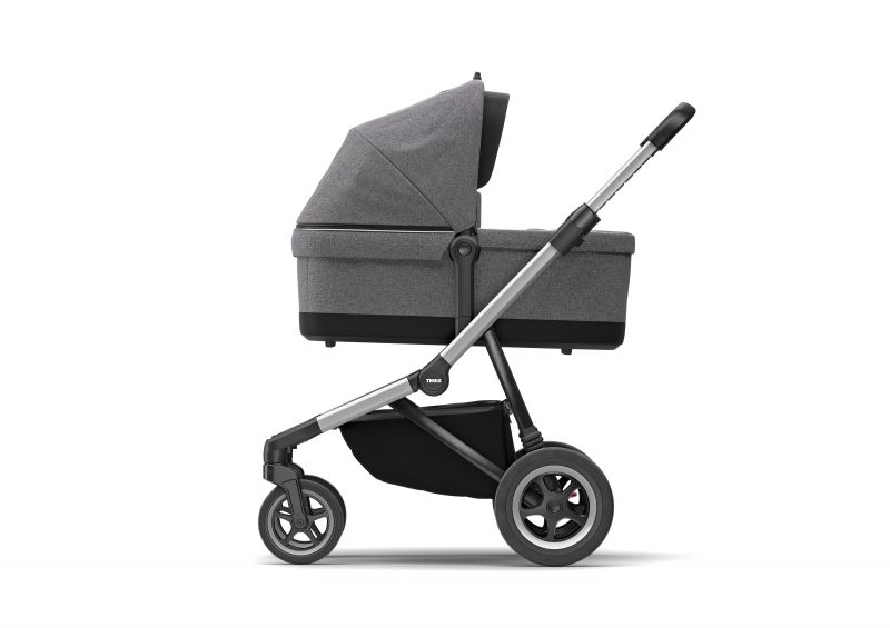 Thule_Sleek_IU7_ConfigMono_Bassinet_SIDE.jpg